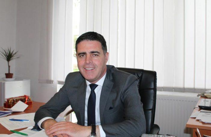 Drejtori Nazim Gagica me urdhëresë të veçantë ndalon mbajtjen e kurseve private