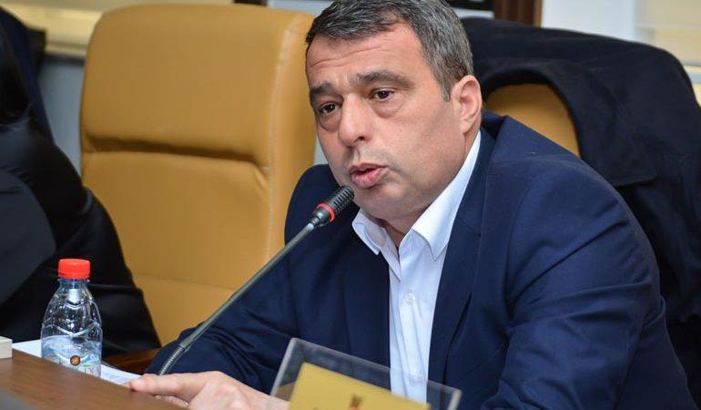 Bujar Nevzati: S'ka ujë, e s'ka as zgjidhje!