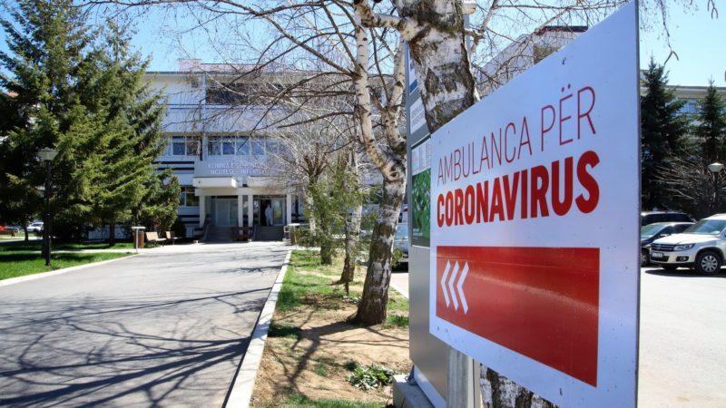Vdesin dy pacientë me koronavirus në spitalin e Ferizajt