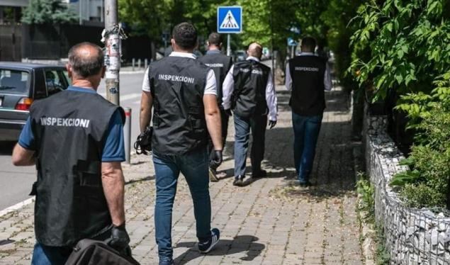 Në këtë qytet dënohen 57 qytetarë dhe 4 lokale për mosrespektim të masave anti-Covid